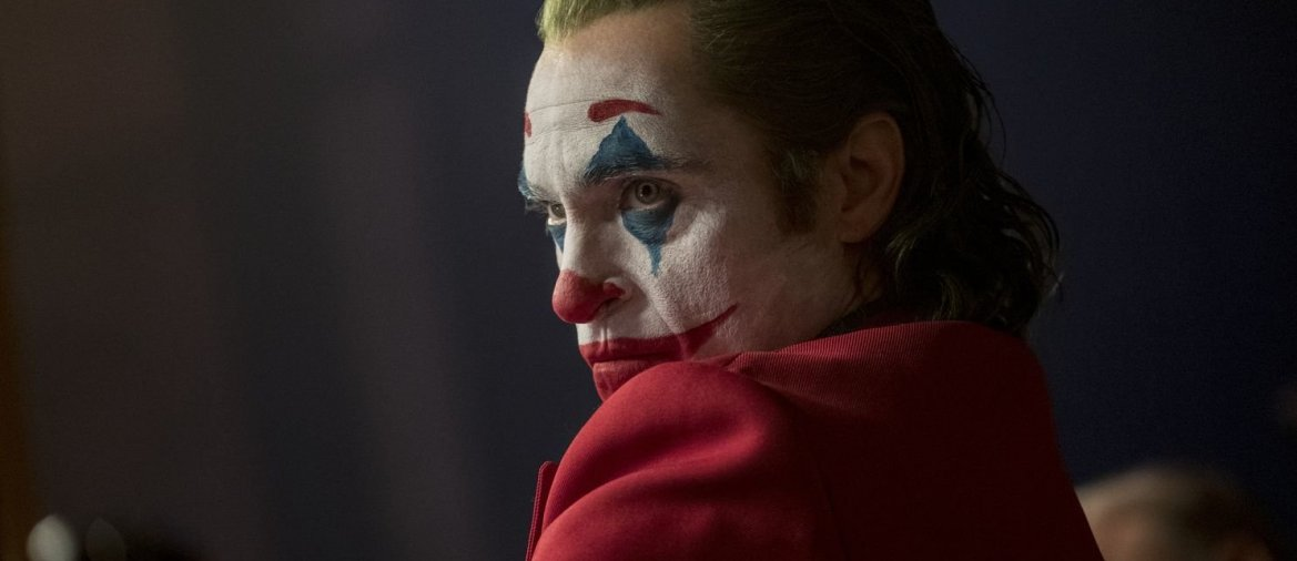 "Joaquin Phoenix in einer Filmszene in ""Joker"". - © Warner Bros. Pictures / Niko Tavernise"