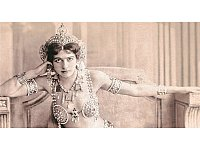Femme fatale und Spionin: Mata Hari. - © Collection