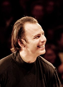 Fulminantes Saisonfinale mit Teodor Currentzis.