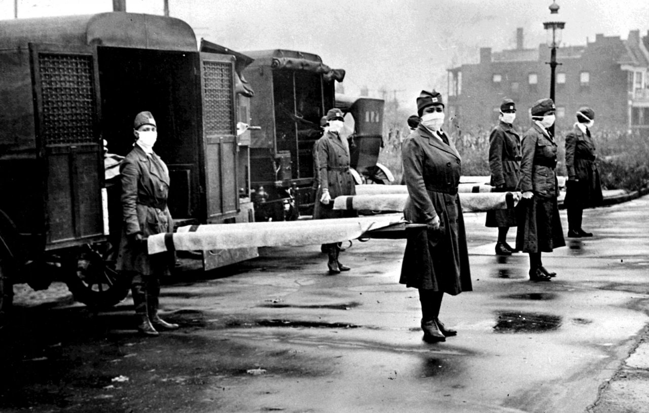 Mobile Hilfstruppe des Roten Kreuzes während der Spanischen-Grippe-Pandemie in St. Louis, Missouri, Oktober 1918. - © Library of Congress/Interim Archives/Getty Images