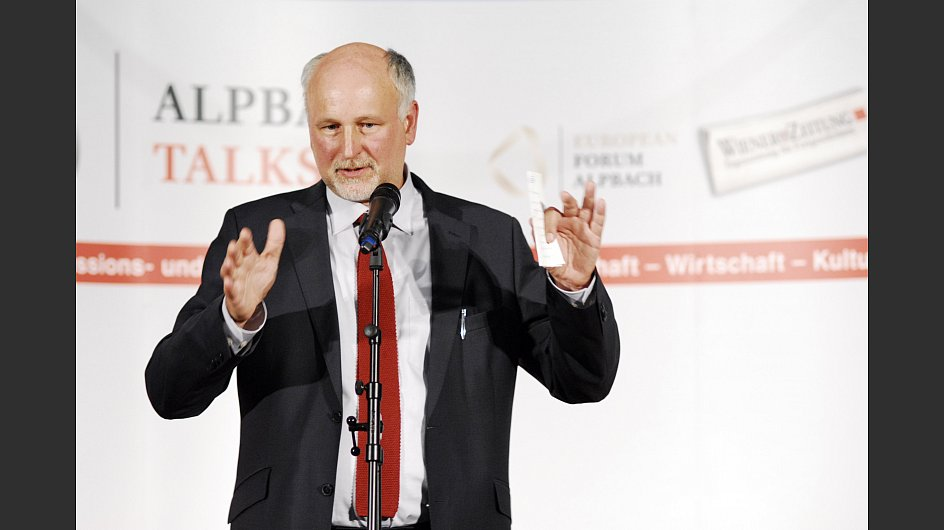 "Prof. Wolfgang Lutz bei den ""Alpbach Talks"" im Wien Museum - © Foto: Simon Rainsborough"