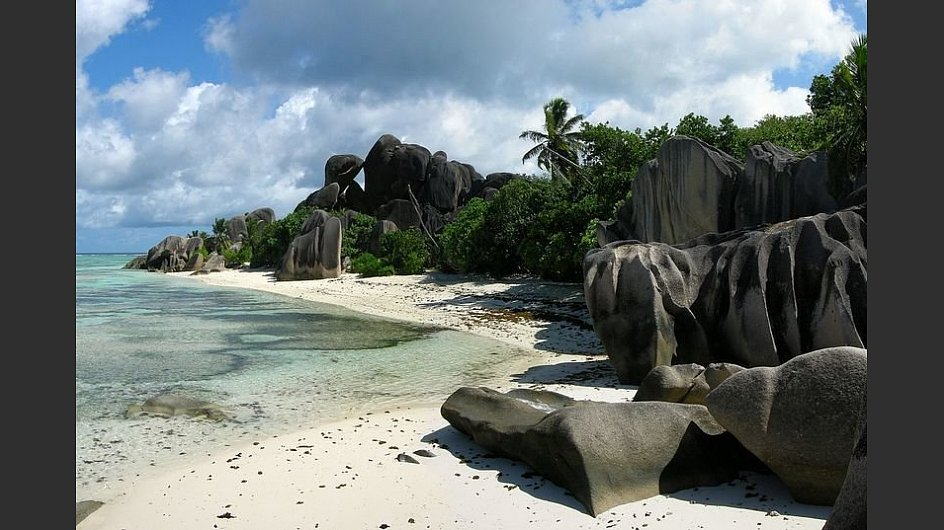 <span itemprop=&#34;articleBody&#34; class=&#34;clearfix&#34;><span itemprop=&#34;caption&#34;>Ebenfalls mit einer Krone bedacht: Der <span style=&#34;font-weight: bold;&#34;>Anse Source d&#39;Argent in La Digue auf den Seychellen</span>. </span></span> - &copy; Tobi 87, CC BY-SA 4.0, <a href=&#34;https://commons.wikimedia.org/w/index.php?curid=3845674&#34; target=&#34;_blank&#34;>https://commons.wikimedia.org/w/index.php?curid=3845674</a>&nbsp;