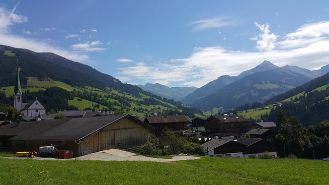 When you get out of the bus in Alpbach, your breath is taken away by the beauty of Alpbach. And soon after you register and start making acquaintances, you realize why it's an experience instead of an event. - © Ezgisu Biber